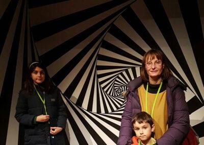 Visitantes Exposición Escher