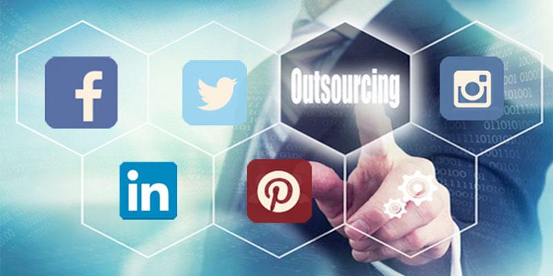 externaliza-tus-redes-sociales